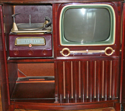 [Crosley Model 11-444MU Television with Radio and Photograph]